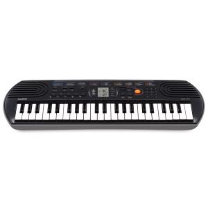 Casio SA77 Portable Keyboard With Adapter